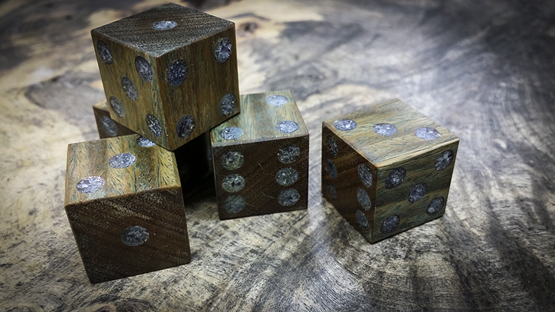 Crushed Amethyst Inlay : Second run of inlaid six sided dice artisan
