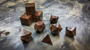 Black Posion Wood (Chechen) Polyhedral Dice
