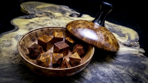 Thuya Burl Dice and Lidded Bowl