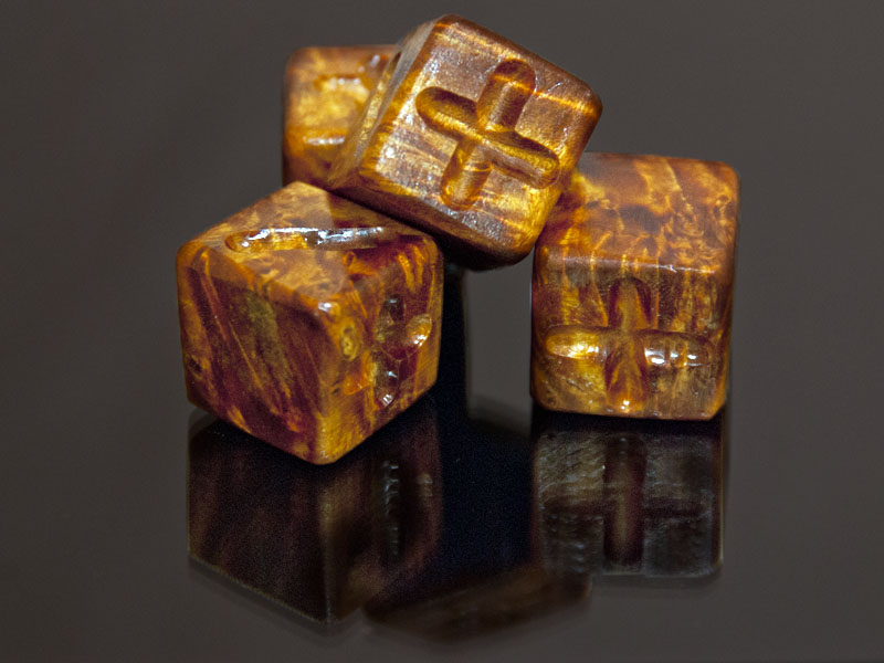 Elder Box Burl Wooden Fudge Dice