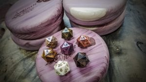 holiday-polyhedral-set-bonus-d20s-copy